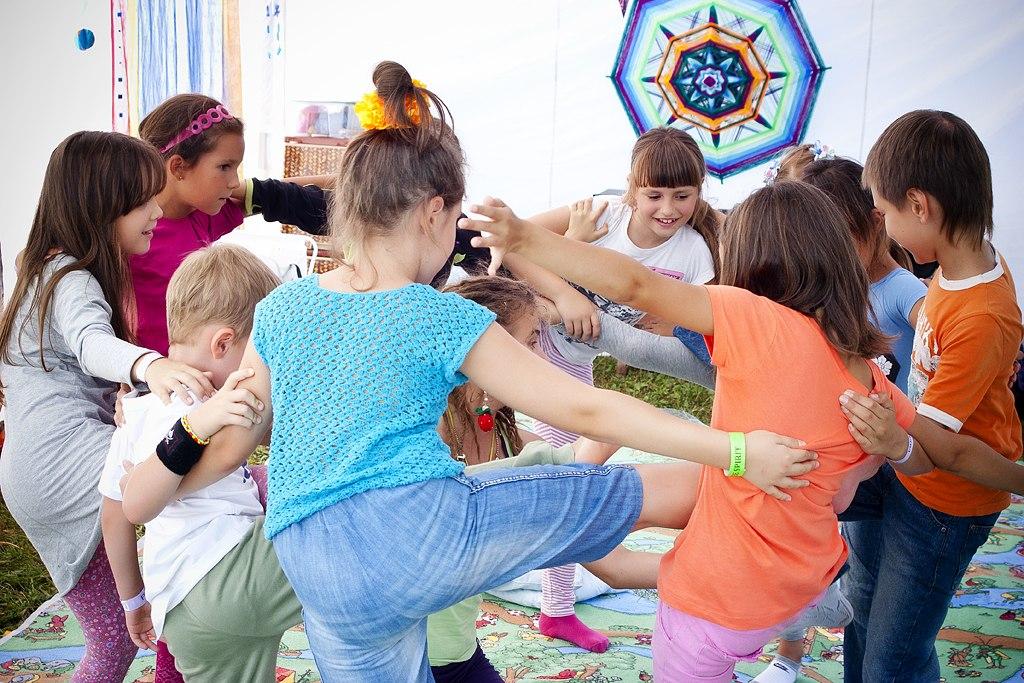 Йога для детей детская йога акро йога