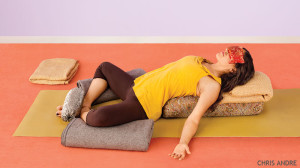 supta baddha konasana 6 аюрведических техник для поддержания внутренней энергии тела: