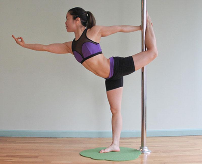 pole yoga 7  Йога с пилоном: